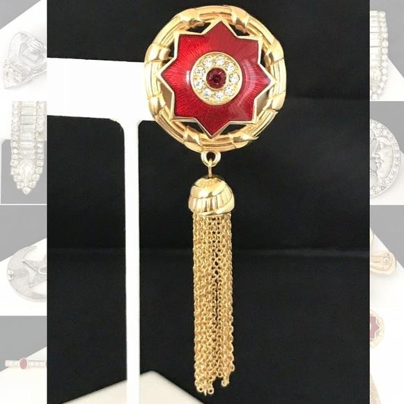 Authentic Swarovski Pin Red Enamel Star Crystal 1T